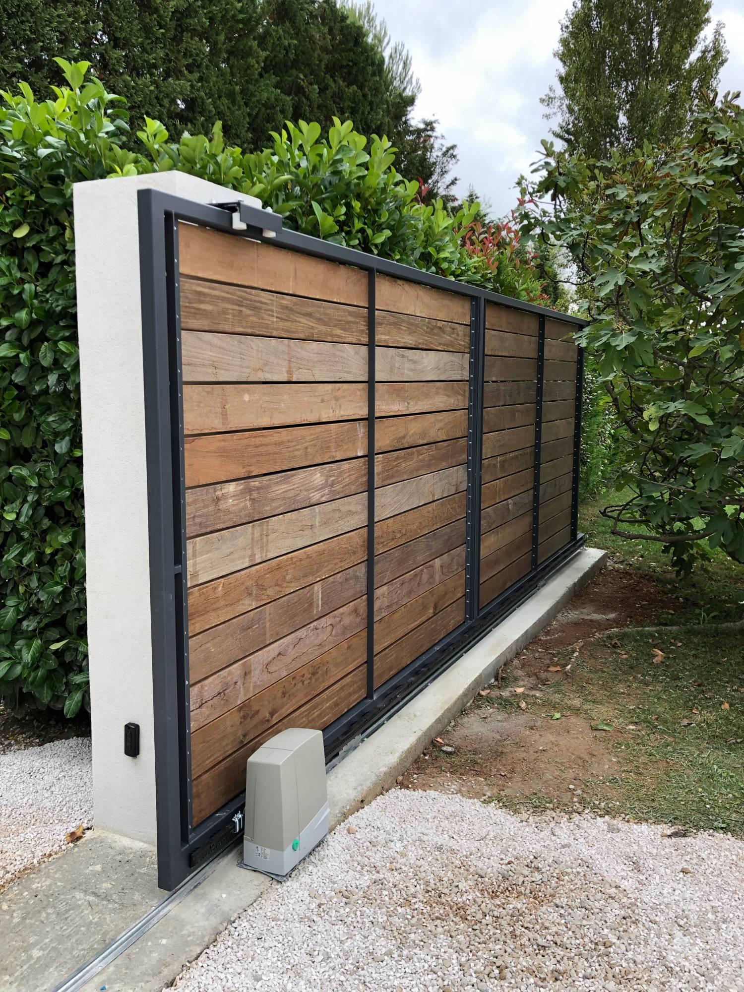 Faire Son Portail En Fer conception d'un portail fer et bois à aix en provence les